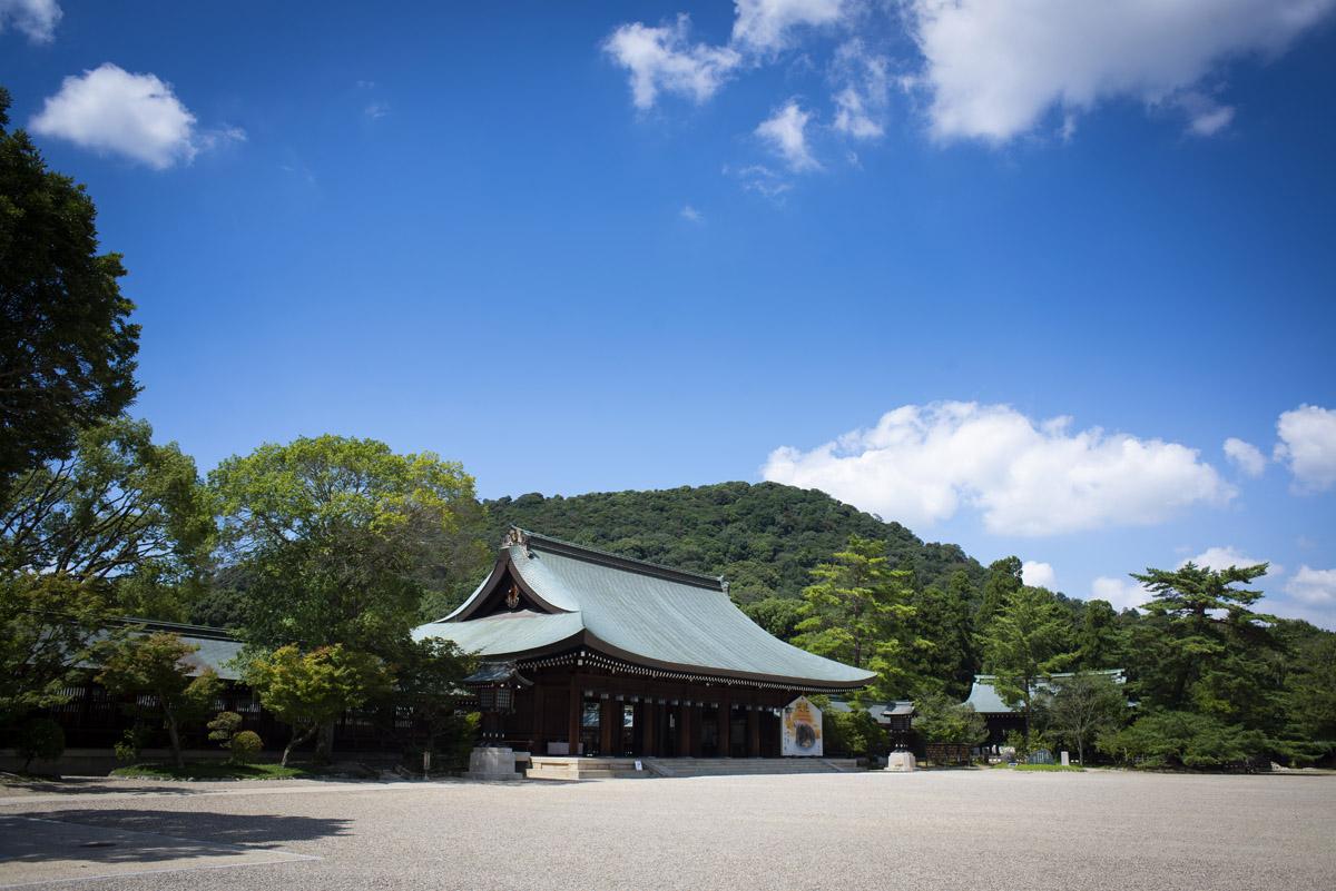 奈良県橿原市の橿原神宮に参拝と撮影を兼ねて行ってきた