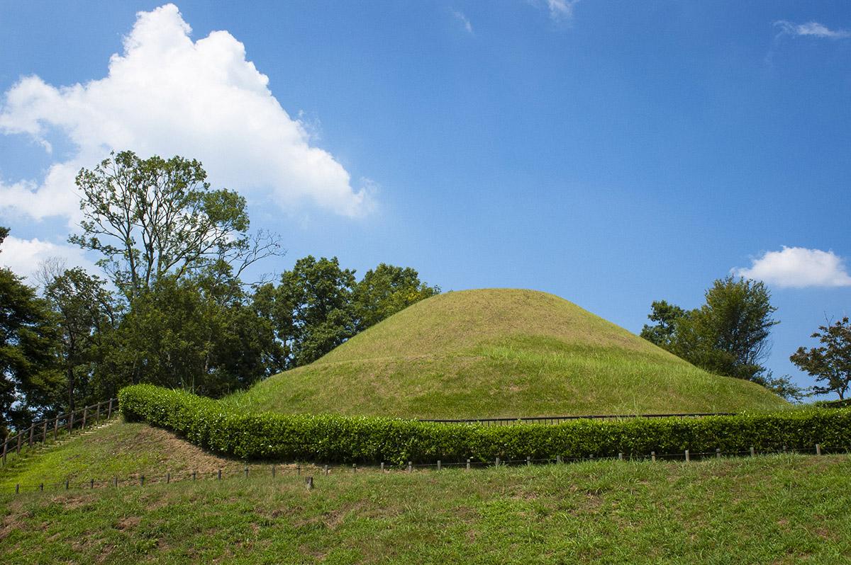 奈良県の明日香村の高松塚古墳の形はどんな形?実際に行って確認してきました